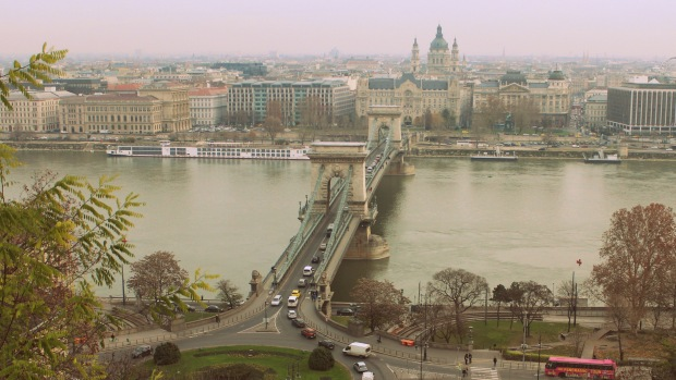 The bridge connecting Buda and Pest